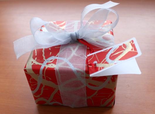 artystyczne pakowanie presentów, gift's wrapping